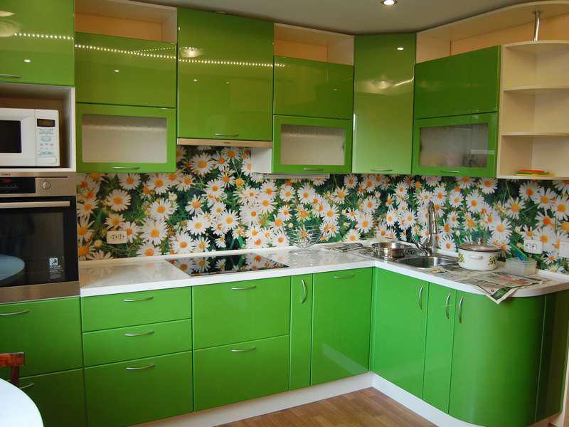 Кухня зеленый глянец